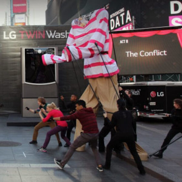 'SYTYCD' Choreographer Takes Over Times Square With Giant Puppets in Broadway-Inspired Dance